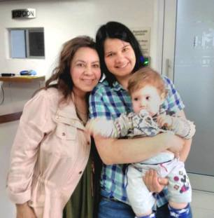 Nova Cell's Grace Odgers (left) with Mum & baby Ondrej - April 28, 2017