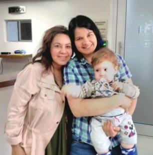 Nova Cell's Grace Odgers (left) with Mum & baby Ondrej - April 28, 2017